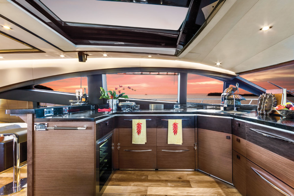 Sea Ray L650 Express Galley
