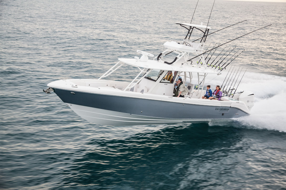 Everglades 355 Center Console - Sea Magazine